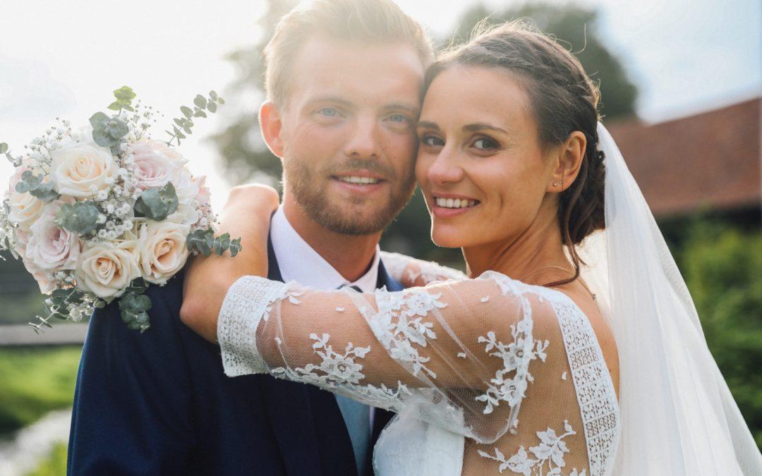 Un joli mariage romantique au Domaine de la Traxène