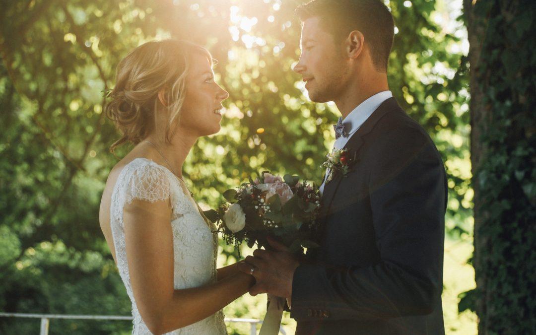 Un mariage délicat et romantique au Manoir des Burets